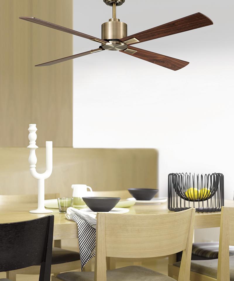 Aluminium-Houten ventilator in keuken