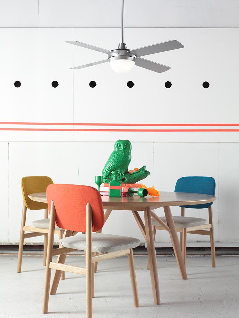 Aluminuim ventilator met verlichting in keuken