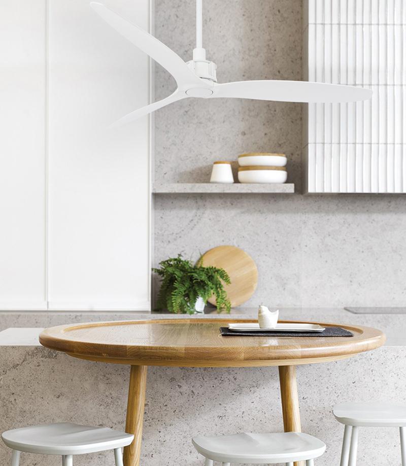 Witte ventilator in keuken